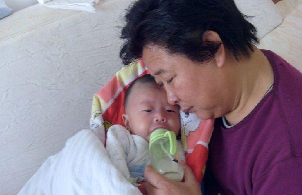 厌奶期症状母乳喂养