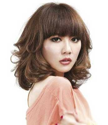 推荐四款2012最新发型女烫发图片
